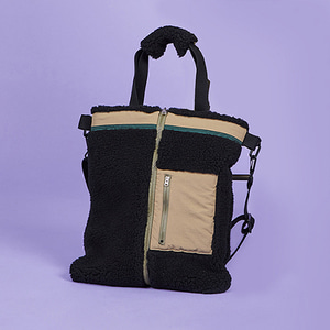 ZIPPER FLEECE SHOULDER BAG BLACK